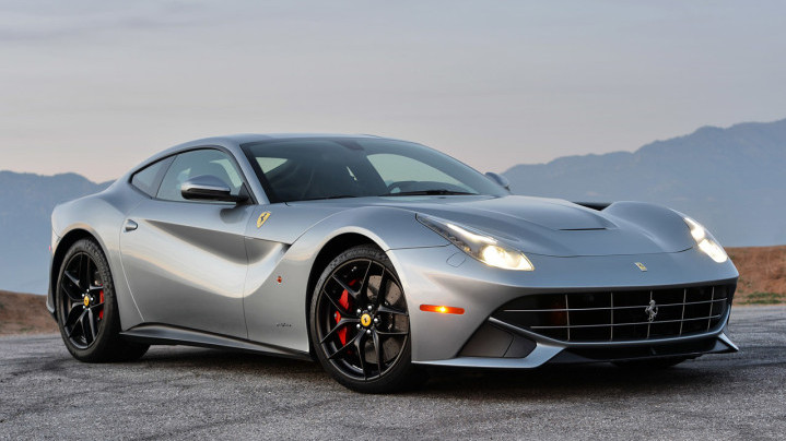 Rent Ferrari F12berlinetta