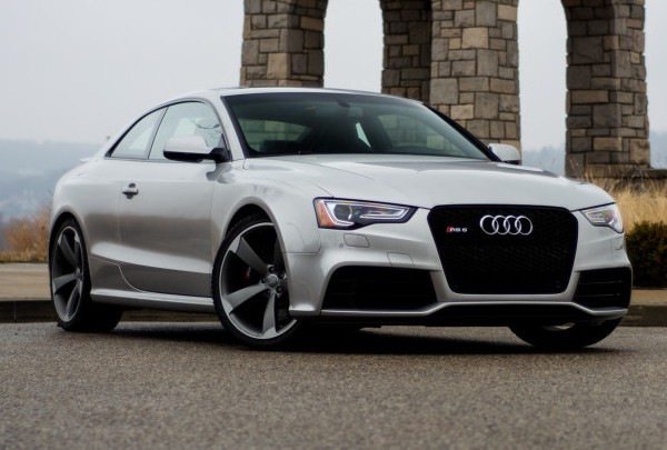 AUDI - RS5 COUPE - SILVER