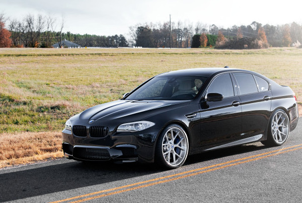 BMW - M5 F10 - BLACK