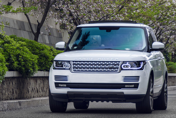 RENT LAND ROVER - RANGE ROVER VOGUE