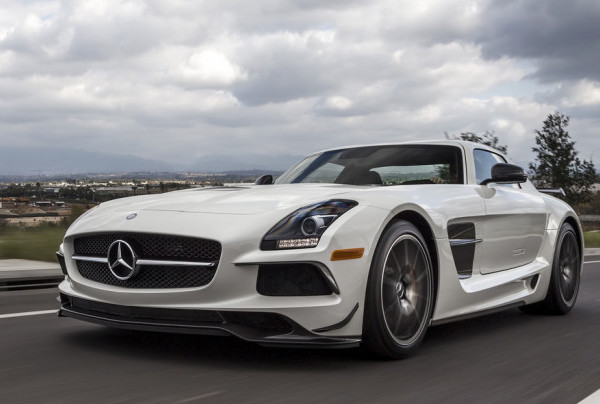 RENT MERCEDES SLS AMG COUPE