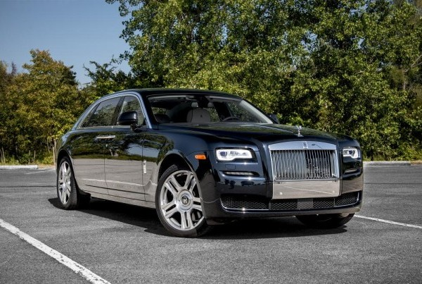 ROLL ROYCE - GHOST SERIES II - BLACK